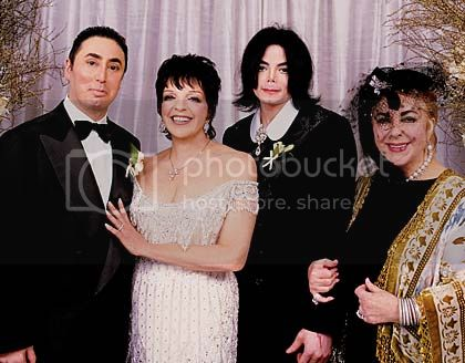 http://i435.photobucket.com/albums/qq72/remains_unnamed/liza_minelli_wedding.jpg